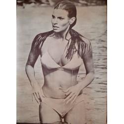 Raquel Welch: Fathom (1970)